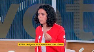 """La députée européenne de La France insoumise Manon Aubry,sur le plateau de l'émission""""Votre instant politique"""", sur franceinfo canal 27, le 10 mai 2021. (FRANCEINFO)"""