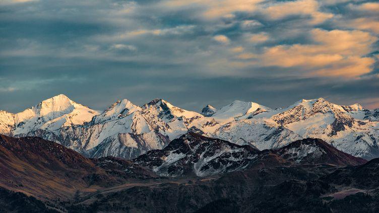 Le label de l'étape de la Coupe du monde de ski alpin aura lieu à Kitzbühel, en Autriche. (STEFAN ADELSBERGER / APA-PICTUREDESK)