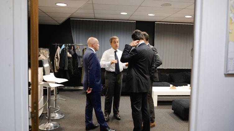 Nicolas Sarkozy, en présence d'Eric Ciotti etChristian Estrosi, lors d'un meeting à Nice pendant la campagne de la primaire de la droite, le 15 novembre 2017. (ELODIE GREGOIRE / REA)