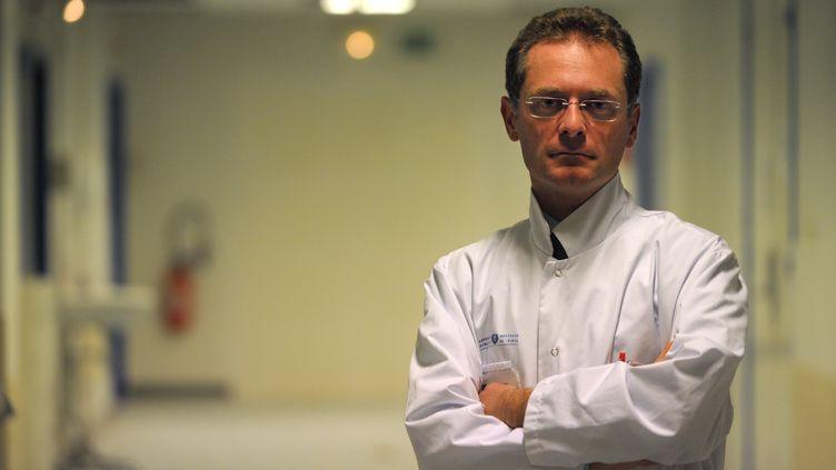 Philippe Juvin, chef du service des urgences à l'hôpital Georges Pompidou à Paris. (MARTIN BUREAU / AFP)