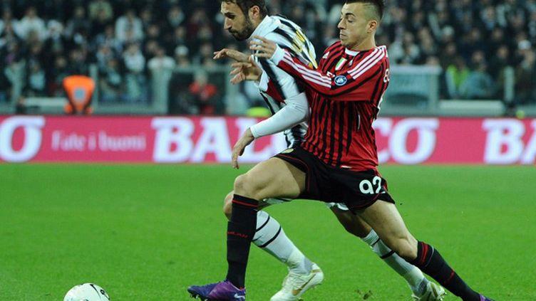 Vucinic (Juventus) et El Shaarawy (Milan AC) (OLIVIER MORIN / AFP)
