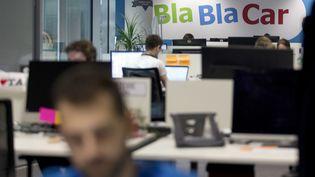 Deux clients de BlaBlaCar, arrêtés pour aideà l'entrée illégale sur le sol italien, déplorent le manque de soutien de la plateforme. (KENZO TRIBOUILLARD / AFP)