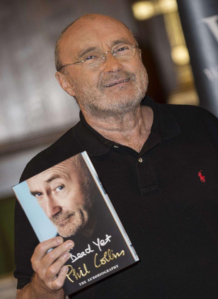 Phil Collins présente son autobiographie à Londres, le 18/10/2016  (BJAA/ZDS/WENN.COM/SIPA)