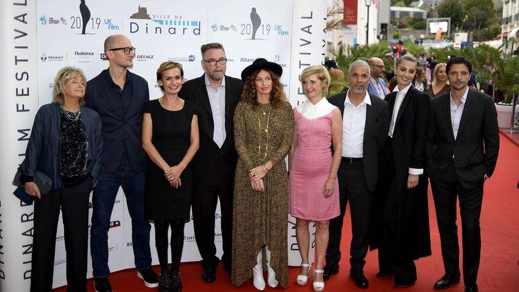 Sandrine Bonnaire et le jury de la 30 édition du festival du film britannique de Dinard (MARC OLLIVIER / MAXPPP)