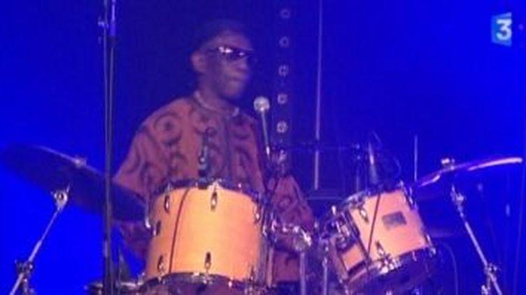 Tony Allen fait battre le coeur de l?Afrobeat !  (Culturebox)