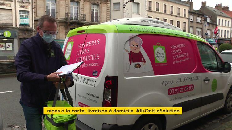 Livraison de repas à domicile pendant le confinement à Boulogne-sur-Mer, novembre 2020 (France 3 Nord / Pas-de-Calais)