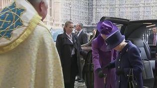 Royaume-Uni : affaiblie, la reine Élizabeth II forcée au repos (France 2)