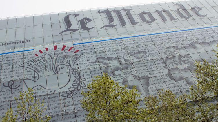"""Le siège du quotidien """"Le Monde"""", à Paris. (JACQUES LOIC / AFP)"""