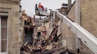 Bordeaux : une violente explosion fait un mort et un blessé grave (France 2)