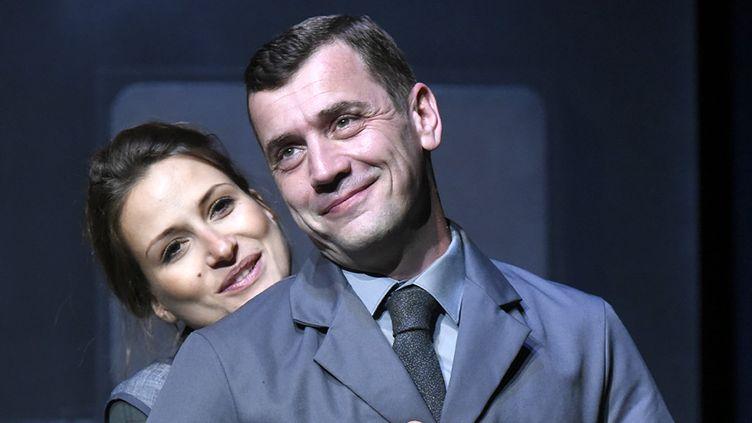 """Grégori Baquet et Julie Cavanna dans""""Adieux Monsieur Haffmann""""  (Evelyne Desaux)"""