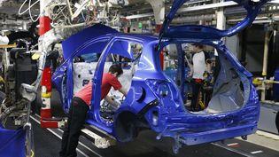La chaîne de production d'automobiles japonaisesToyota à Onnaing (Nord). Photo d'illustration. (PASCAL ROSSIGNOL / POOL / AFP)