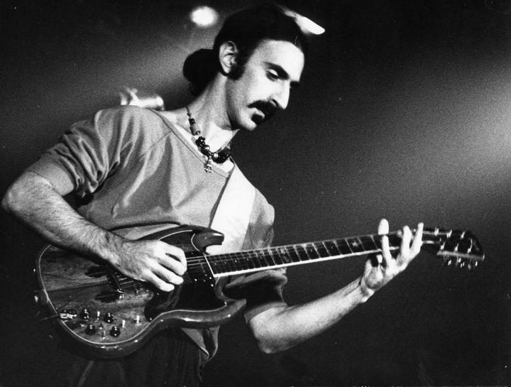 Frank Zappa à New York en 1975  (ZUMAPRESS)