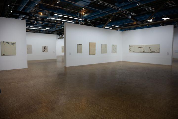 La salle, vide, de l'exposition Martin Barre au Centre Pompidou à Paris. (SANDRINE MARTY / HANS LUCAS)