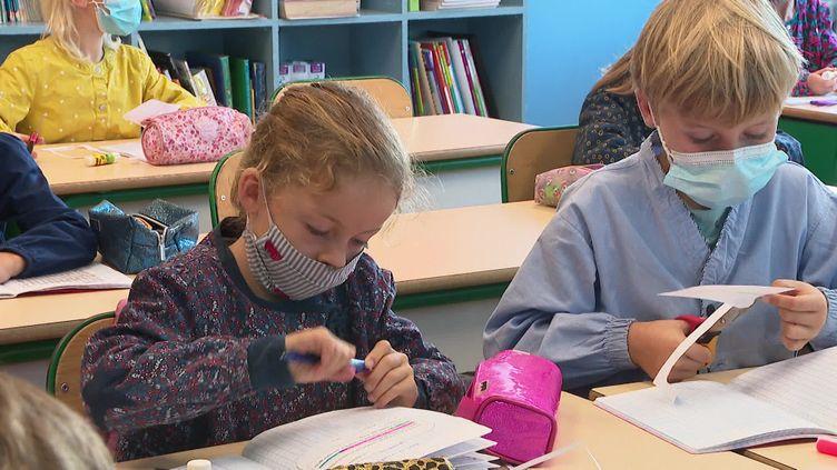 Le port du masque préconisé dans les 200 écoles privées catholiques dépendant du diocèse de Lille. (CAPTURE D'ÉCRAN FRANCE 3)