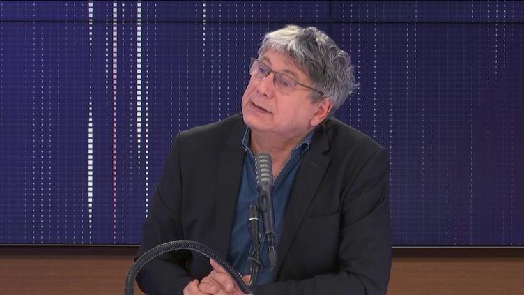 """Eric Coquerel,député La France insoumise de Seine-Saint-Denis, était l'invité du """"8h30 franceinfo"""", samedi 23 janvier. (FRANCEINFO / RADIOFRANCE)"""