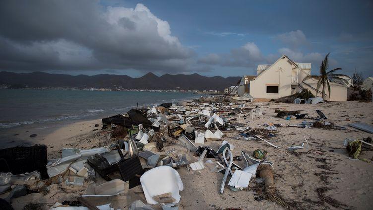 A Saint-Martin, une grande partie des bâtiments ont été dévastés par l'ouragan Irma. (MARTIN BUREAU / AFP)