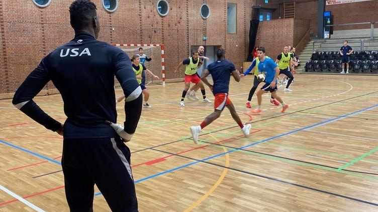 L'équipe américaine à l'entraînement