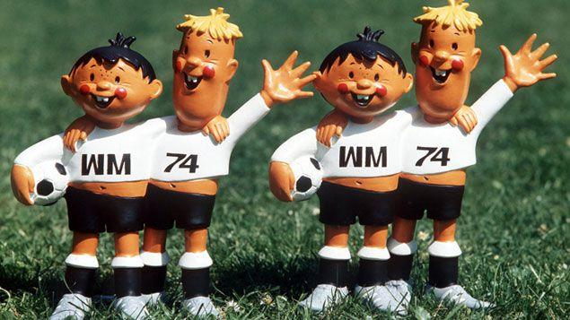 (Tip et Tap, les deux mascottes de la Coupe du Monde 1974 © theweek.com)