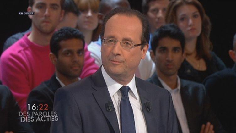 François Hollande sur le plateau de #dpda. (F2)