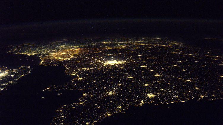 Les côtes bretonnes vues depuis la Station spatiale internationale, sous l'œil du spationaute Thomas Pesquet, mardi 6 décembre. (ESA / NASA)