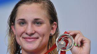 Maddie Grovesa été médaillée d'argent sur le 200 mètres papillon et sur le relais 4x100 m aux Jeux de Rio en 2016. (GLYN KIRK / AFP)
