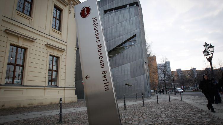 Devant le musée juif de Berlin (Allemagne), le 13 février 2017. (JAAP ARRIENS / NURPHOTO / AFP)