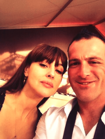 Le selfie de Monica Bellucci.  (Twitter)