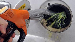 Les cours du pétroles'effondrent, confinement oblige(illustration). (PHILIPPE HUGUEN / AFP)