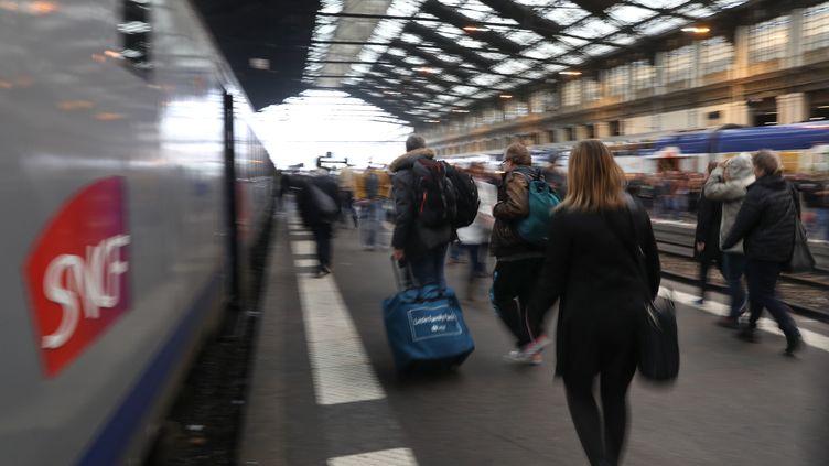 Gare de Lyon, le 1er juin 2016. (KENZO TRIBOUILLARD / AFP)