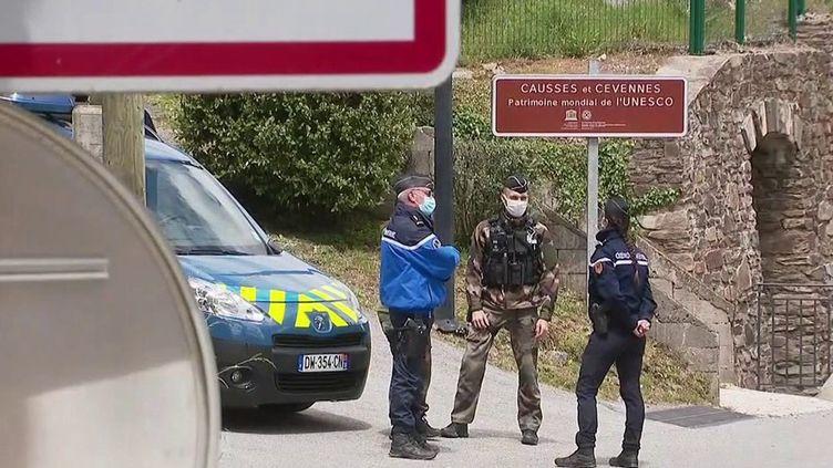 Double meurtre dans les Cévennes : quatrième jour de traque, le fugitif toujours introuvable (France 2)