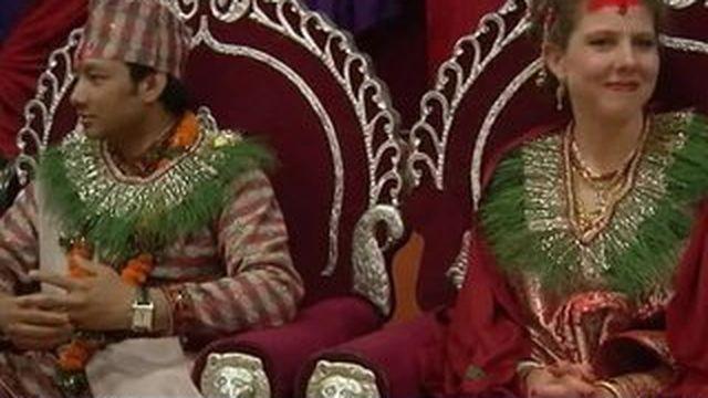 Népal : un mariage célébré après le drame