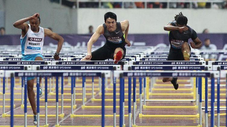Le Chinois Liu Xiang en action sur le 110m haies