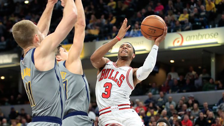 Harrison des Chicago Bulls face aux joueurs des Indiana Pacers. (ANDY LYONS / GETTY IMAGES NORTH AMERICA)