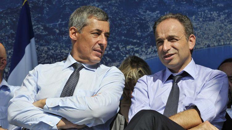 Henri Guaino (à gauche) et Jean-François Copé, le 11 septembre 2011 à Nice. (BEBERT BRUNO/SIPA)