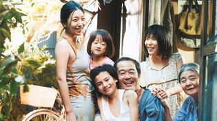 """Une affaire de famille"" de Hirokazu Kore-eda  (FUJI_TELEVISION_NETWORKGAGA_CORPORATIONAOI_Pro._Inc._All_rights_reserved)"