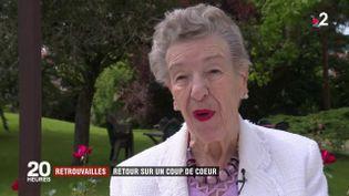 Jeannine Pierson face à une caméra de France 2. (FRANCE 2)