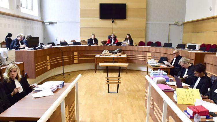 La cour d'assises de Tulle (Corrèze), à l'ouverture du procès de Rosa-Maria Da Cruz, la mère de Séréna, le 12 novembre 2018. (GEORGES GOBET / AFP)