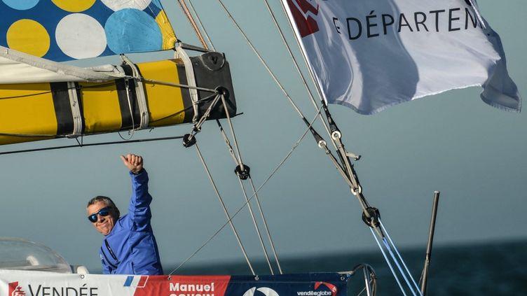 Le skipper Manuel Cousin (Groupe Sétin) est arrivé 23e du Vendée Globe après 103 jours de course.  (JEAN-FRANCOIS MONIER / AFP)