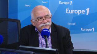 L'ancien principal decollègeà Marseille Bernard Ravet, auteur de Principal de collège ou imam de la République ?est l'invité d'Europe 1 vendredi 24 août. (EUROPE 1)