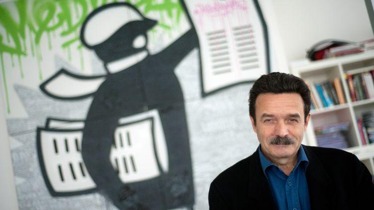 Edwy Plenel, fondateur du site Mediapart, le 30 avril 2012 à Paris. (MARTIN BUREAU / AFP)