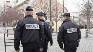 Police : le dialogue reste compliqué dans certains quartiers d'Argenteuil (FRANCE 2)