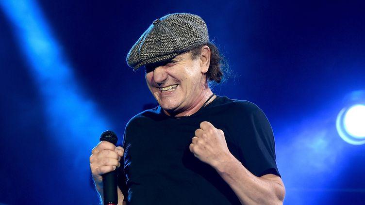 Brian Johnson sur scène à Los Angeles avec AC/DC en septembre 2015.  (Kevin Winter/ Getty Images / AFP )