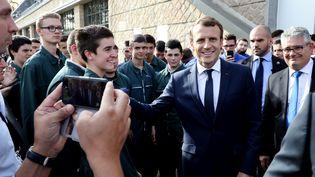 Emmanuel Macron à Egletons (Corrèze), mercredi 4 octobre 2017. (LUDOVIC MARIN / AFP)