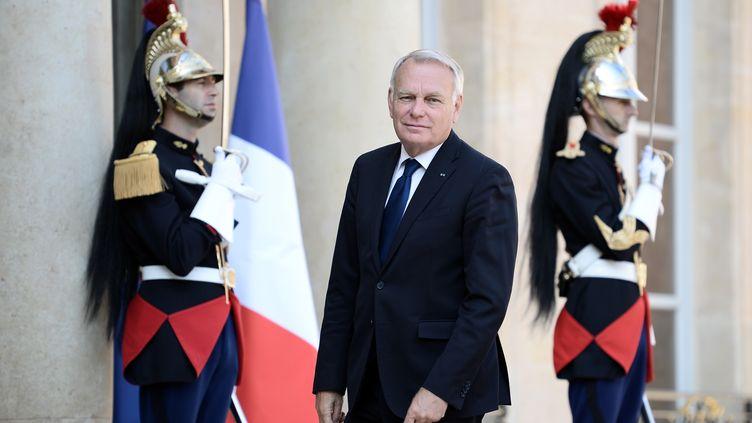 Le ministre des Affaires étrangèresn Jean-Marc Ayrault, à l'Elysée, le 30 août 2016. (STEPHANE DE SAKUTIN / AFP)