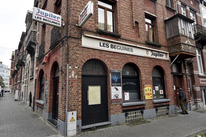 Le bar Les Béguines, le 16 novembre 2015, à Bruxelles (Belgique). (ERIC VIDAL / REUTERS)