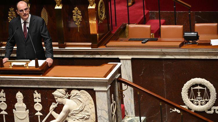 Le Premier ministre Jean Castex lors de sa déclaration de politique générale, mercredi 15 juillet 2020 à Paris. (MARTIN BUREAU / AFP)