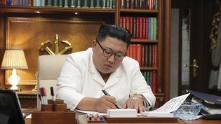 Le dirigeant nord-coréen, Kim Jong-un, le 5 septembre 2020 en Corée du Nord. (KCNA VIA KNS)