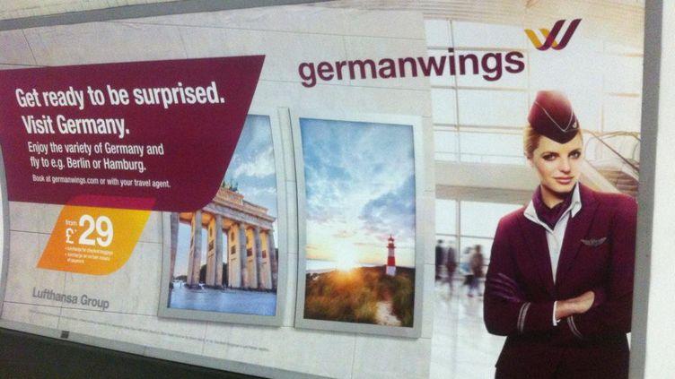 Une affiche publicitaire de Germanwings dans le métro londonien. (@ALICECHADFIELD)