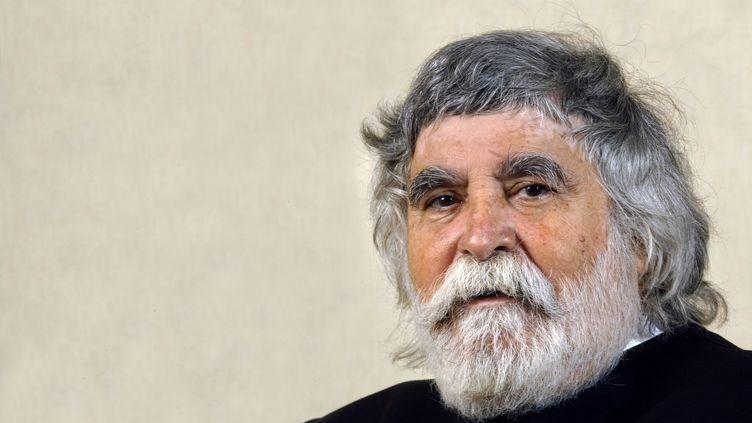 Patrick Alès, le 1er octobre 2003 à Paris. (MARTIN BUREAU / AFP)