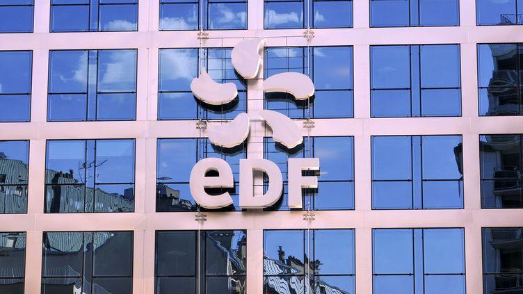 Le siège d'EDF, à Paris, le 9 janvier 2012. (BOB DEWEL / ONLY FRANCE / AFP)